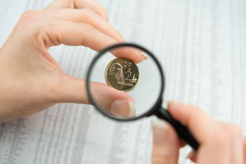 Comprando en una entidad financiera