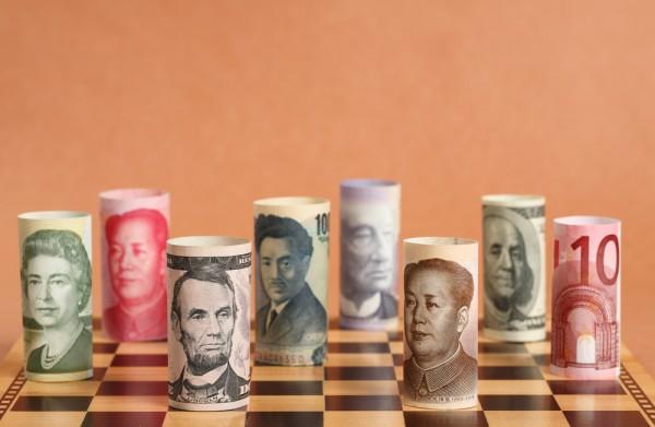 Cubrir o no cubrir la divisa al invertir