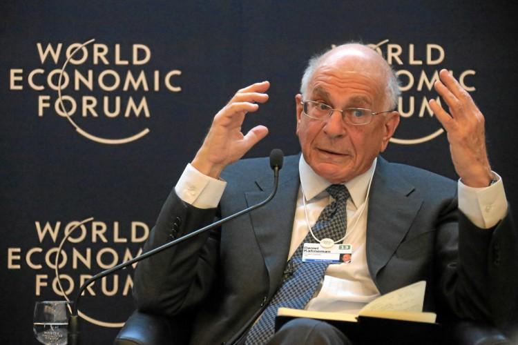 Cómo invertir tu dinero según Daniel Kahneman Premio Nobel de Economía