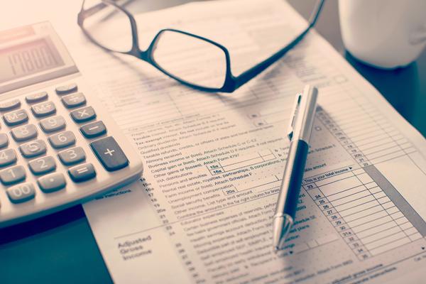 Campaña declaración de la renta 2016, te ayudamos | Banco Mediolanum